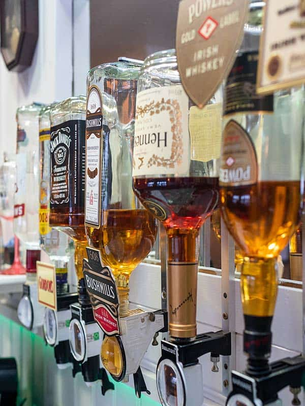Maggies Bar 2